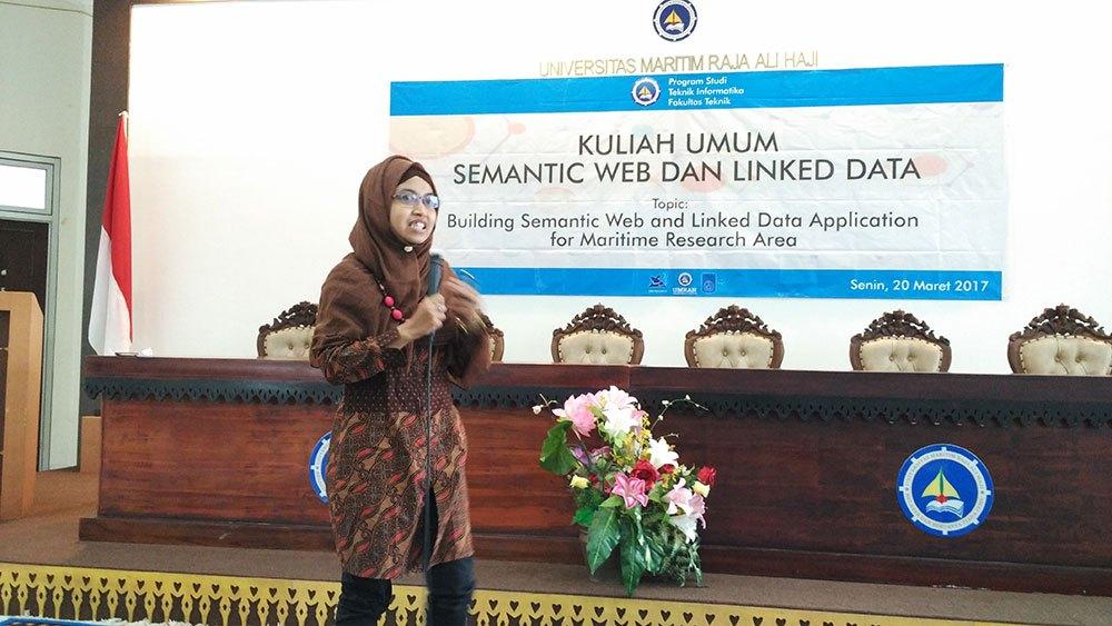 Teknik Informatika UMRAH gelar Kuliah umum Semantik Web dan Data Terhubung untuk Penelitian Maritim