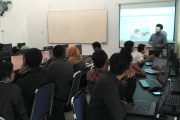 Sertifikasi Kompetensi Tingkatkan Kualitas Calon Lulusan Teknik Informatika UMRAH